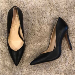 "Jessica Simpson ""Cylvie"" Black Leather Pumps"